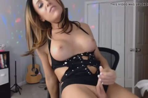 juicy brunette hair tranny Wants To Play